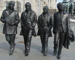 Beatles Statuen Liverpool_IMG_6928a_50